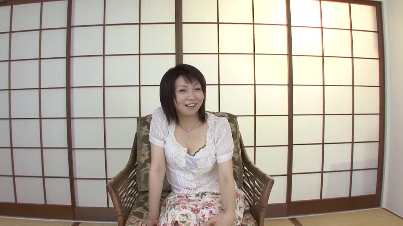 【新尾きり子】透明感のある35歳の人妻が初脱ぎ初撮りAVデビューする素人企画